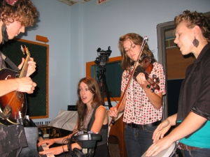 Shel: Eva, Hannah, Sarah and Liza on Echoes