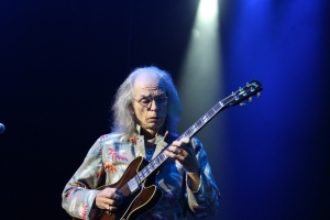 Yes guitarist Steve Howe as aged Riff Raff