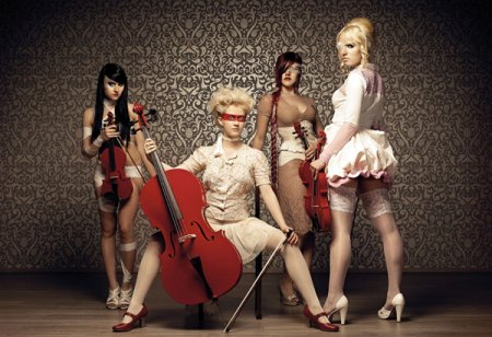 Eklipse MissE, Helen, Viola, Scarlet